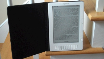 Kindle 3 DX Arrived!